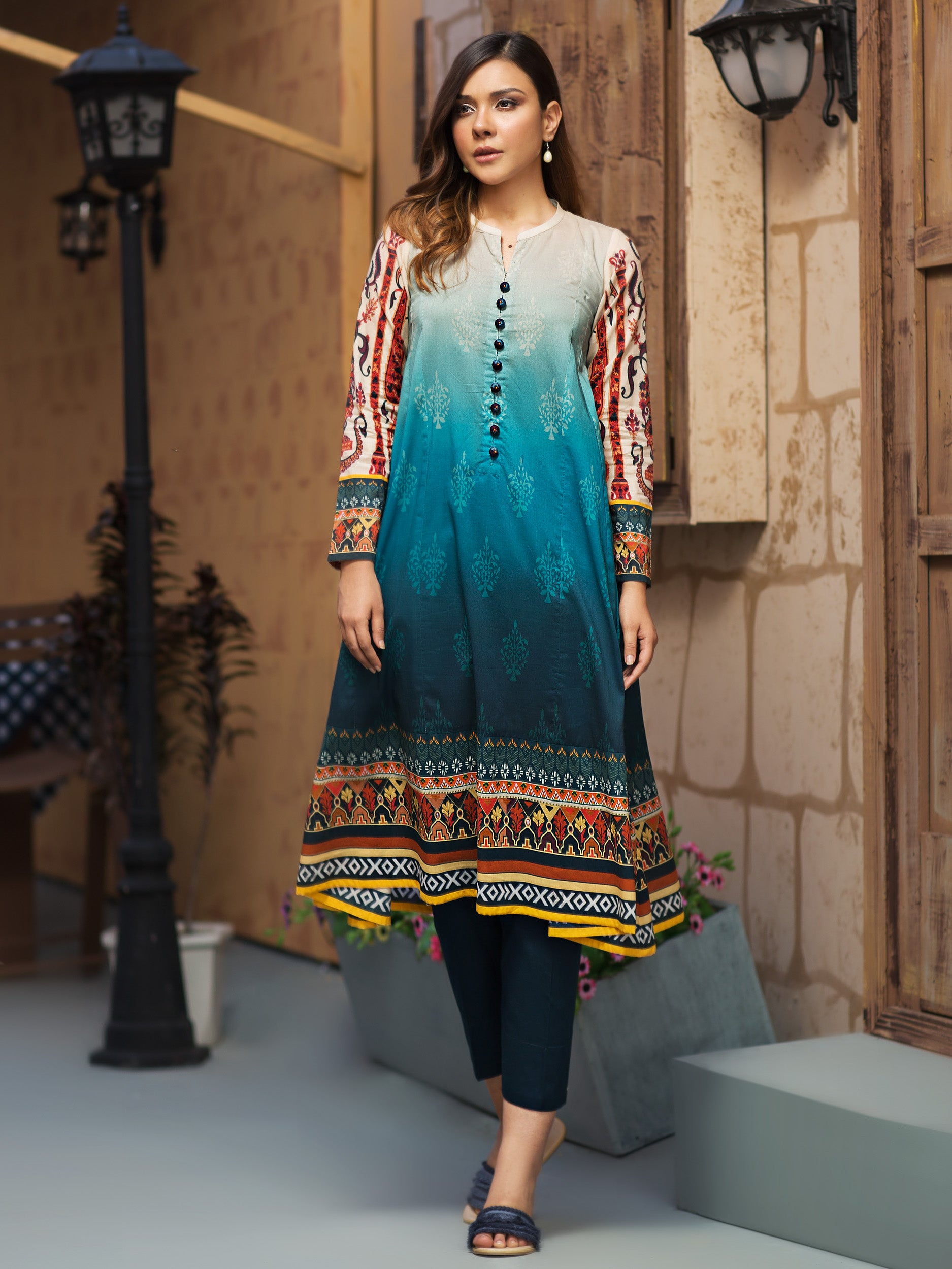 50b5733f6c Lawn Collection 2019 | Eid Collection 2019 | Lawn u0640 | Limelight.PK