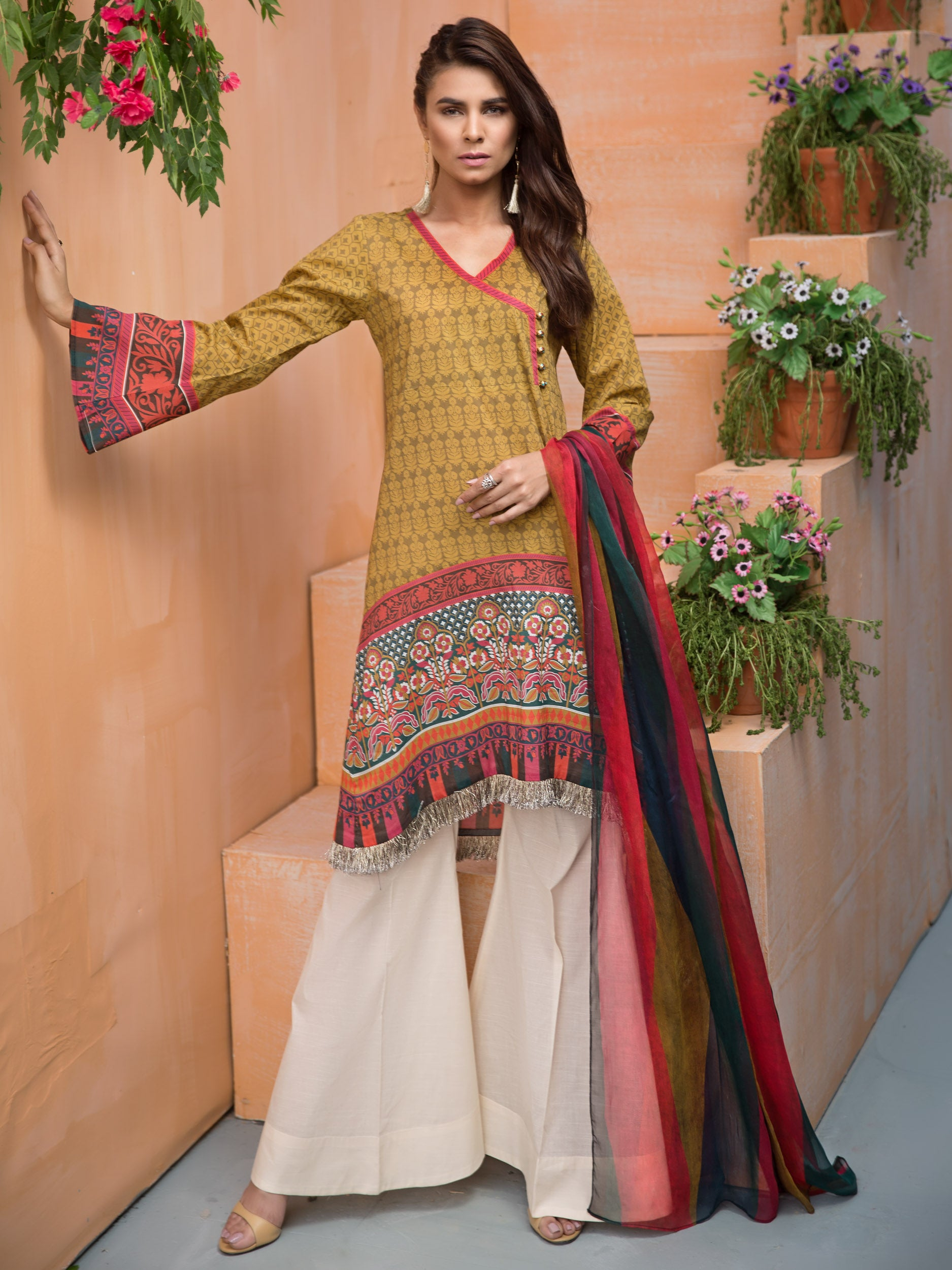 214124b7c0 Latest Eid Collection 2019 | Lawn Collection 2019 | u0739 | Limelight