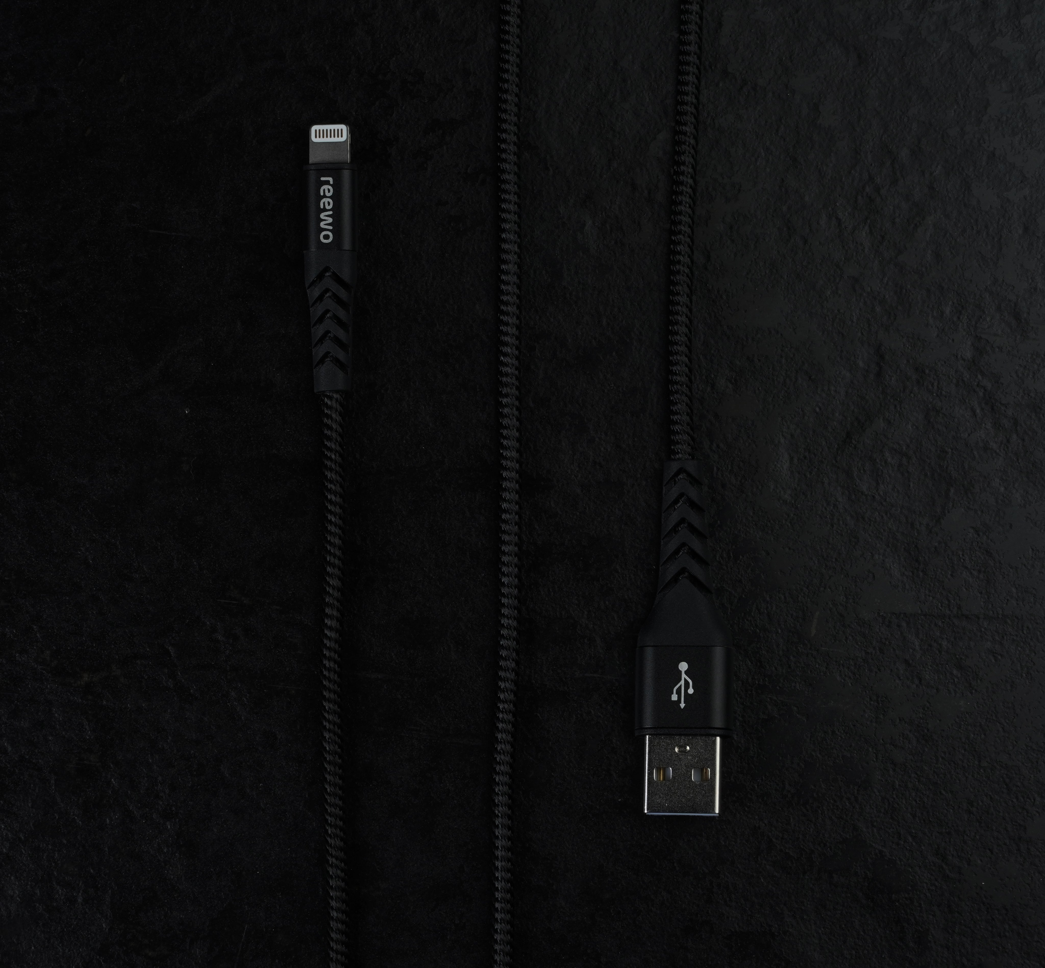 Tough Reinforced Lightning Cable