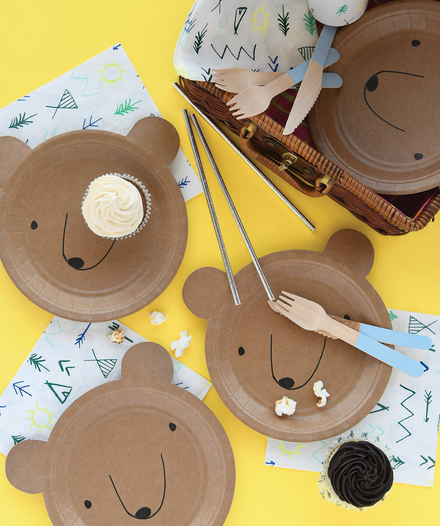 SMALL BEAR SHAPED PLATES (ONLY 1 LEFT IN STOCK)