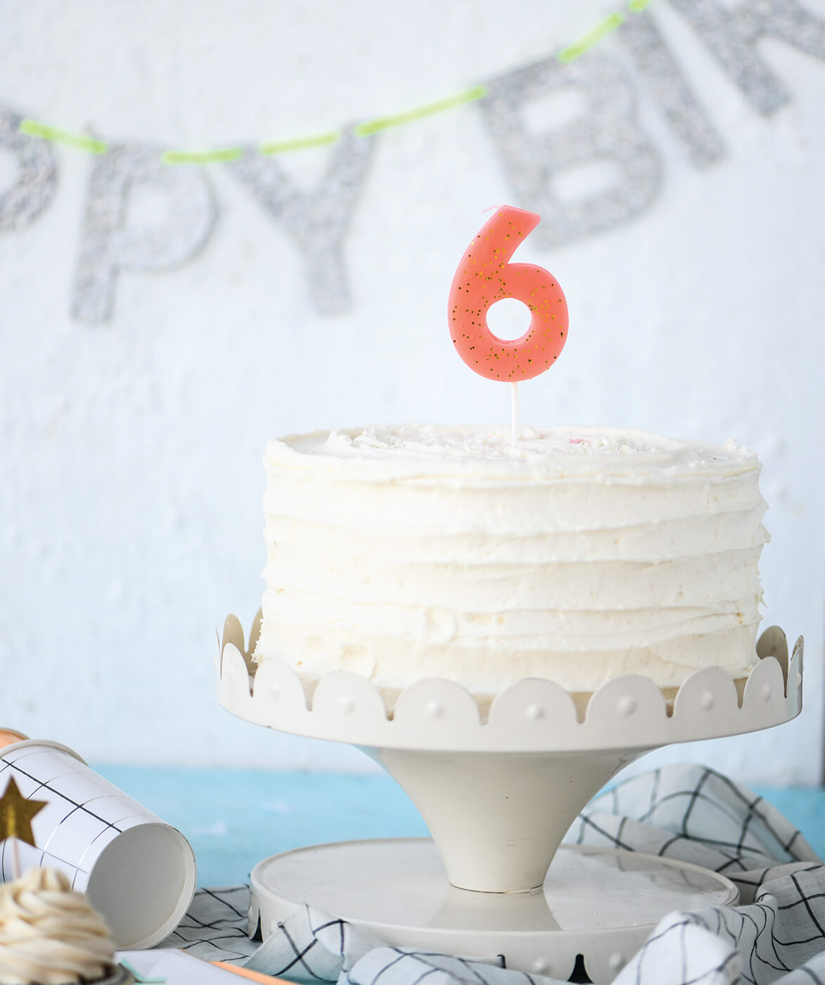CHUNKY NUMBER CANDLE SIX