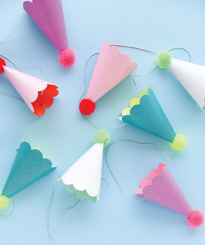 PARTY HATS WITH POM POMS