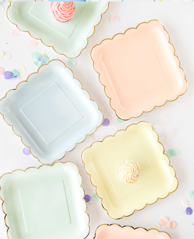 LARGE  PASTEL SCALLOPED PLATES(ONLY 1 LEFT IN STOCK)