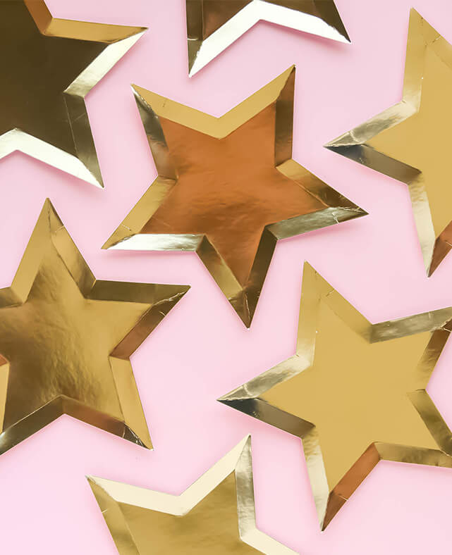 GOLD STAR SHAPED PLATES (ONLY 2  LEFT IN STOCK)