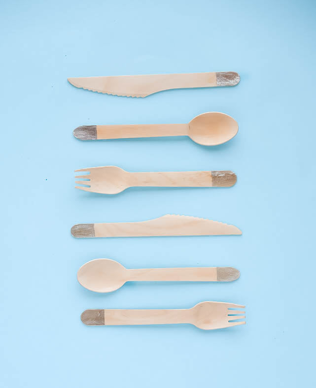 SILVER WOODEN CUTLERY SET