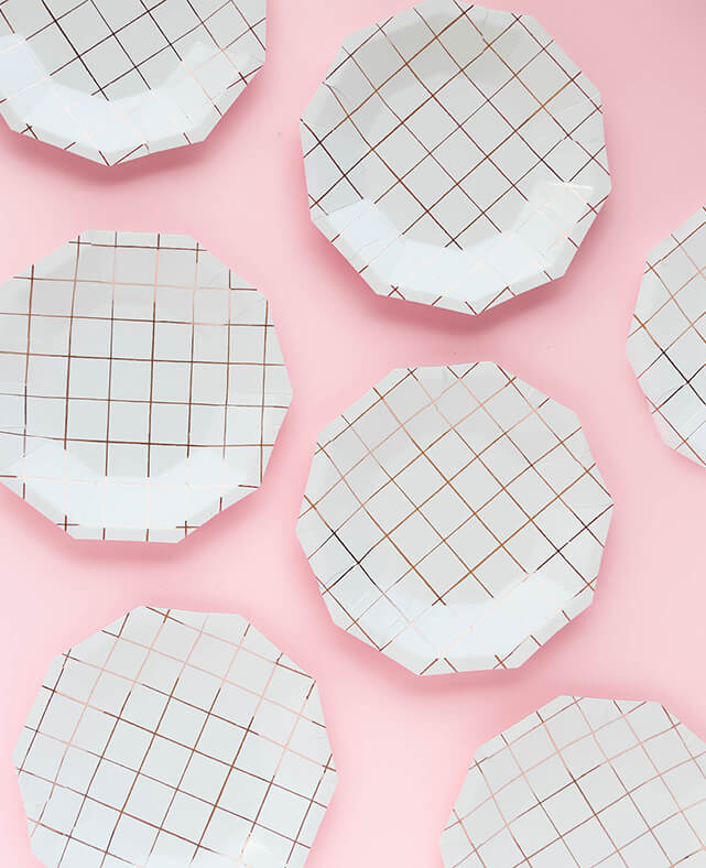 SMALL ROSE GOLD GRID PLATES