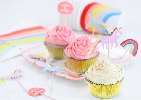 UNICORN & RAINBOWS CUPCAKE KIT