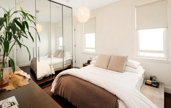 mirrors in a bedroom