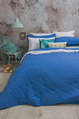 blue quilt cover