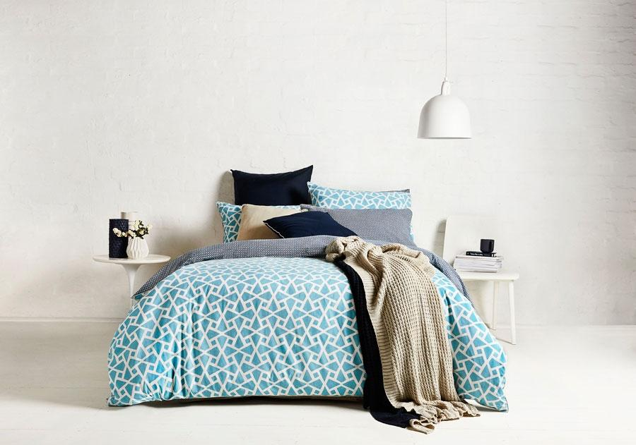 Ardor Reversible 250 Thread Count Coast Turquoise Quilt Cover Set