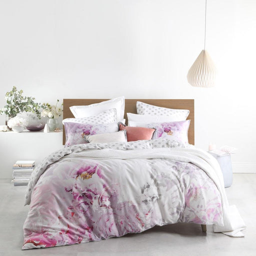 Logan & Mason Peony Blush Quilt Cover Set