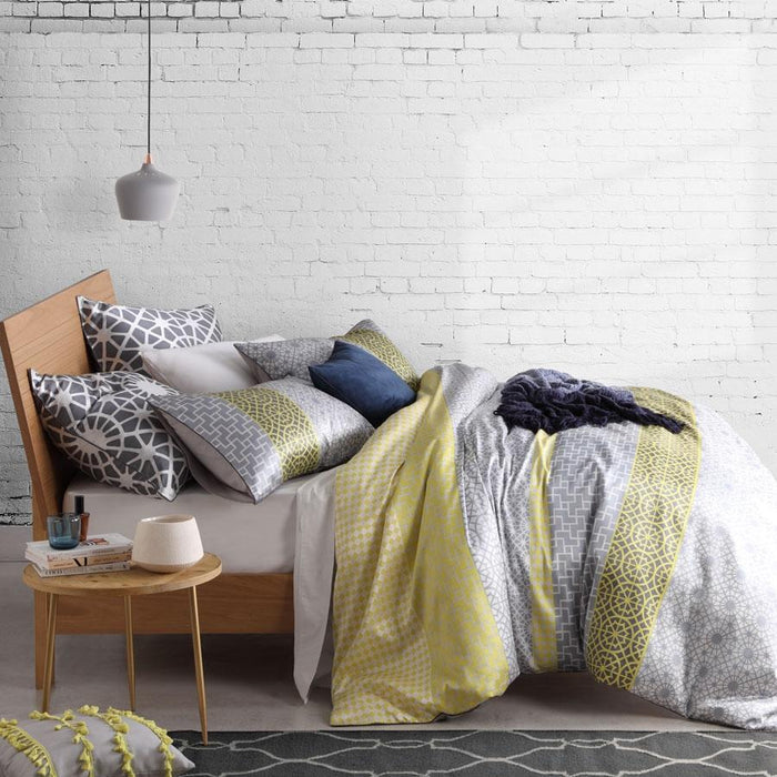Logan & Mason Platinum Capella Zest Quilt Cover Set