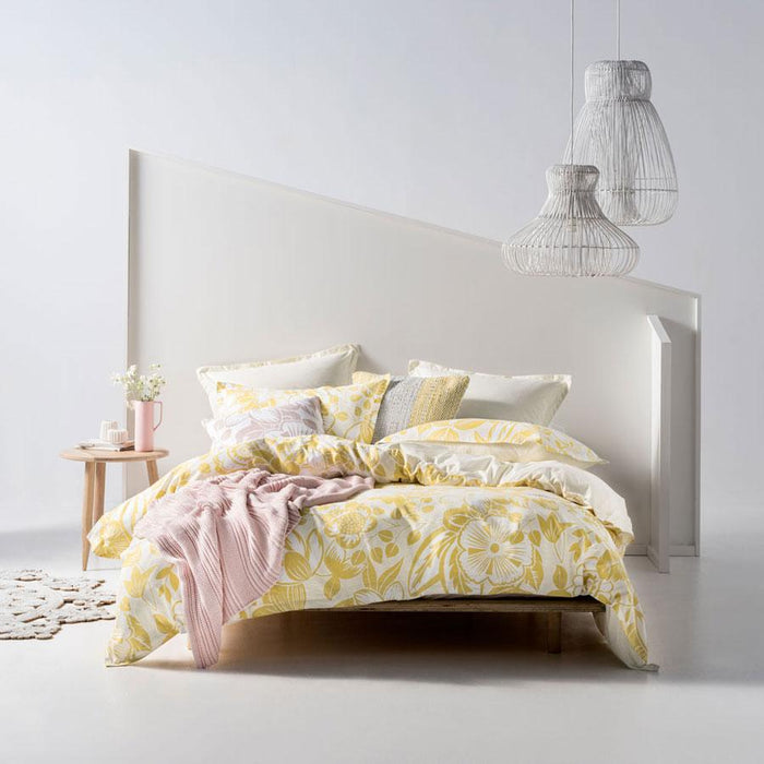 Linen House Miramar Pineapple Quilt Cover Set