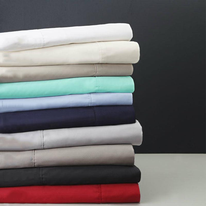 Logan & Mason 400 Thread Count 100% Egyptian Cotton Sateen Sheet Set