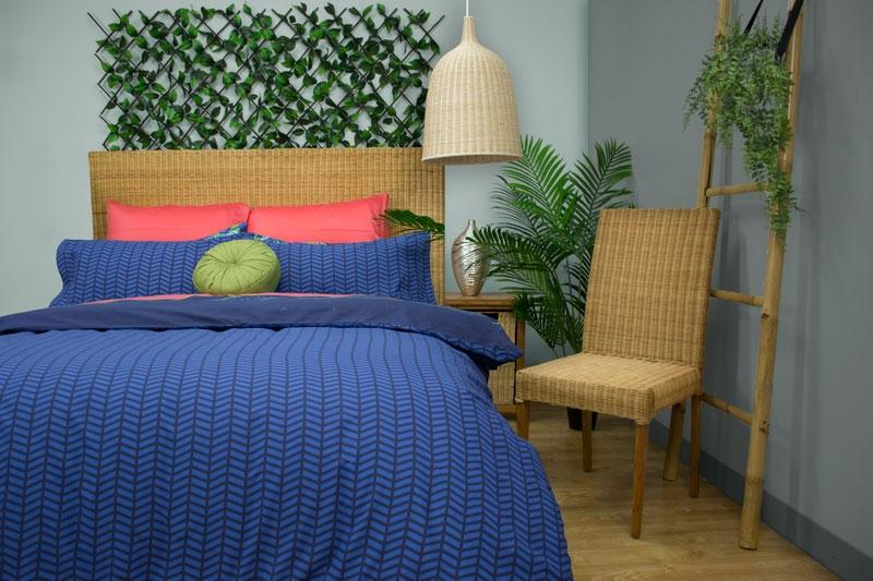 Apartmento Utopia Navy Quilt Cover Set