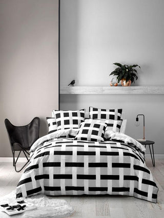 Deco Nexus Black Quilt Cover Set