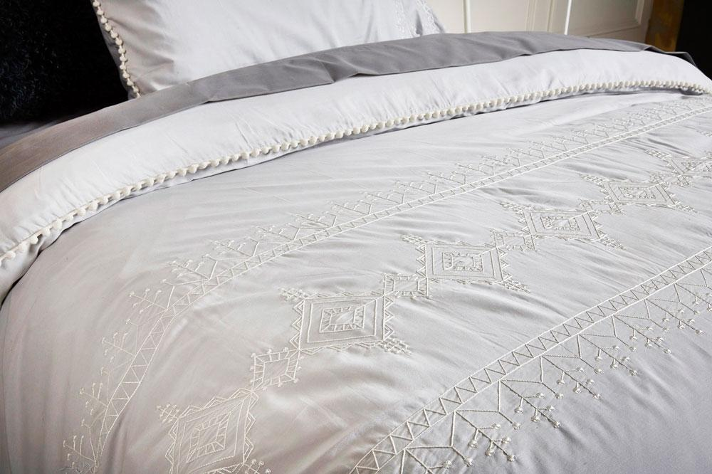 Ardor Embroidered Lilah Silver Quilt Cover Set