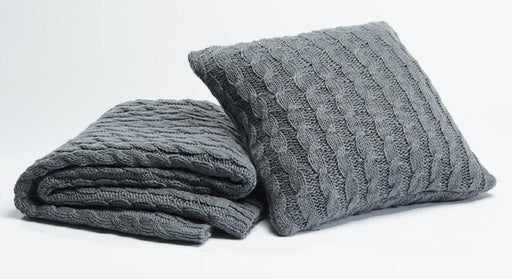 Season Edition Grey Chunky Knit Throw Rug