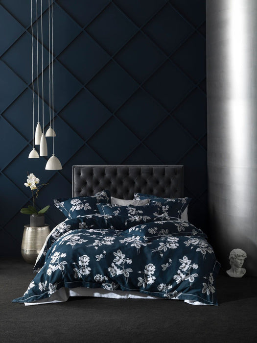 Grace Garland Navy Quilt Cover Set