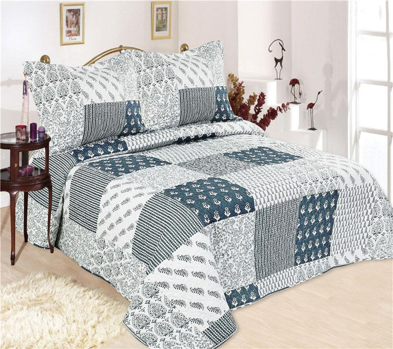 Emporio Relax Coverlet Set