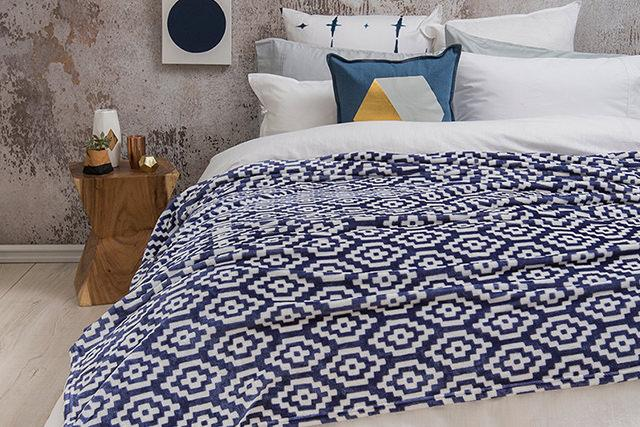 Bambury Chelsea Ultraplush Blanket