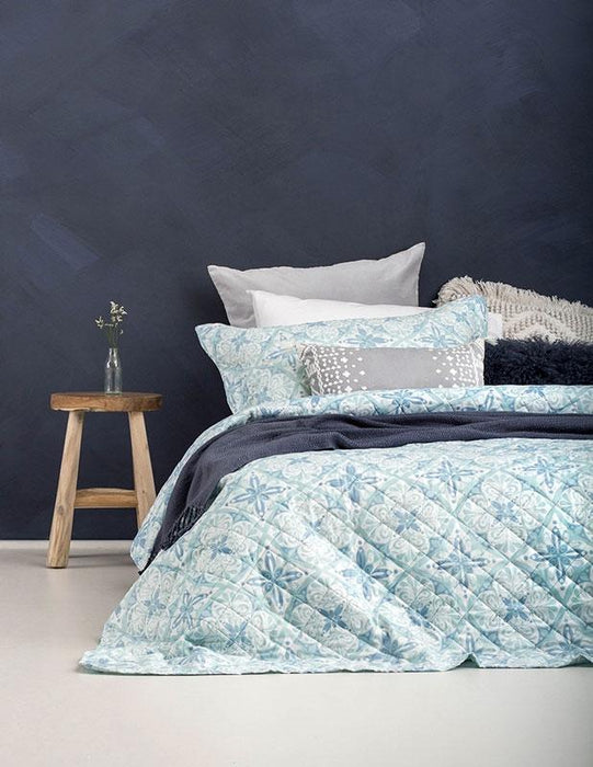 Bambury Abigail Coverlet Set