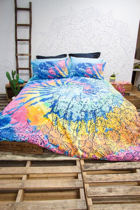 Retro Home Indah Multi Quilt Cover Set