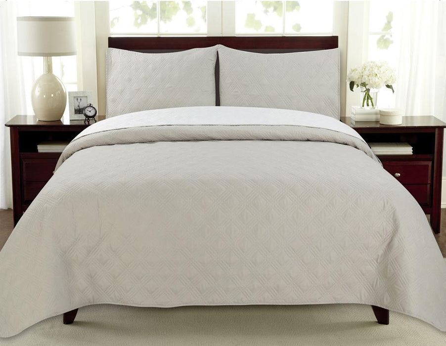 Ardor Boudoir Oxford Embossed Reversible QB/KB Coverlet Set