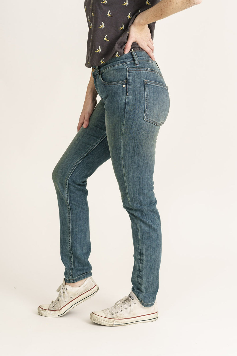 womens classic skinny organic denim mid blue wash monkee genes jeans