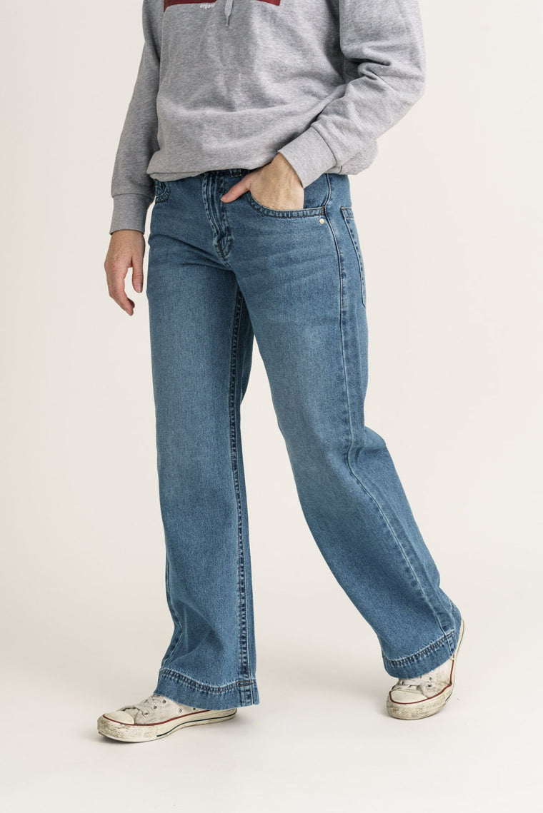 SLOUCH // Organic Loose Fit Jean in Light Vintage Wash