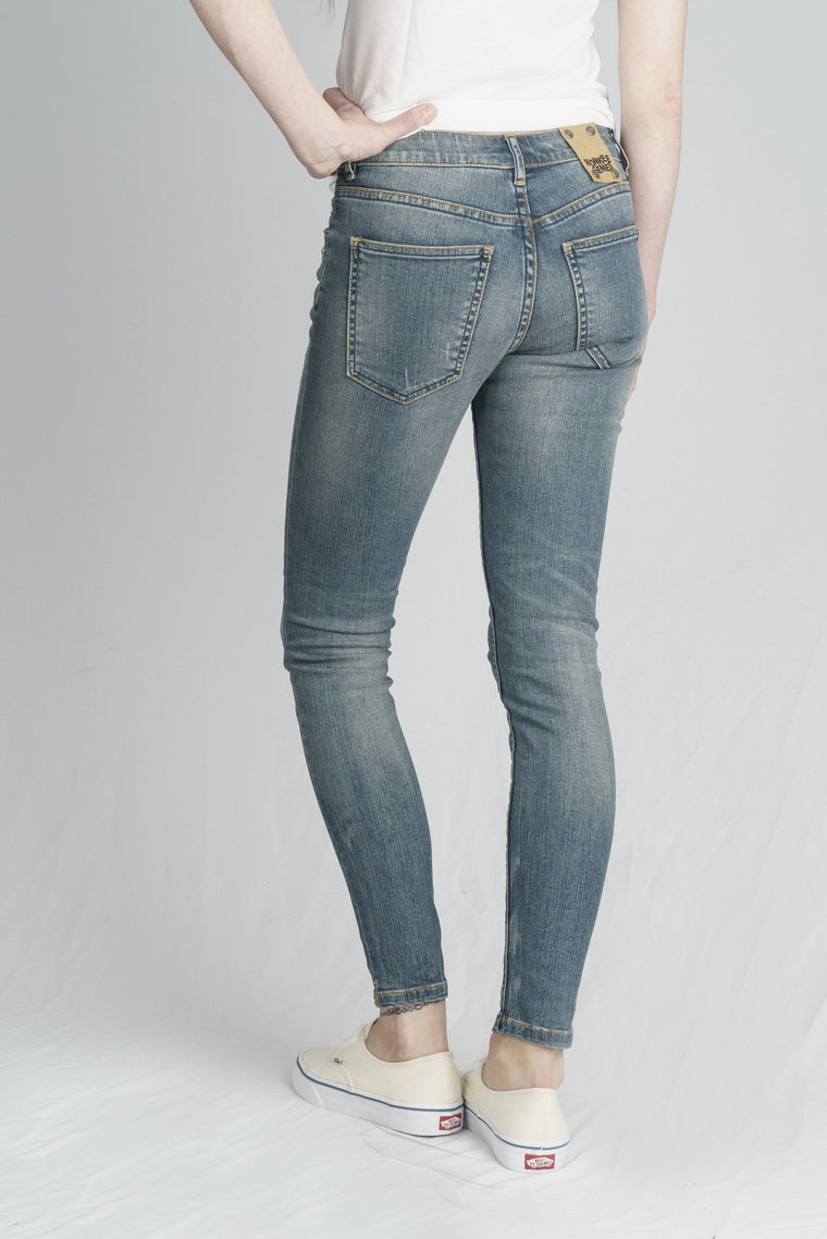 MONROE // Organic Super Skinny Ankle Grazer in Distressed Denim