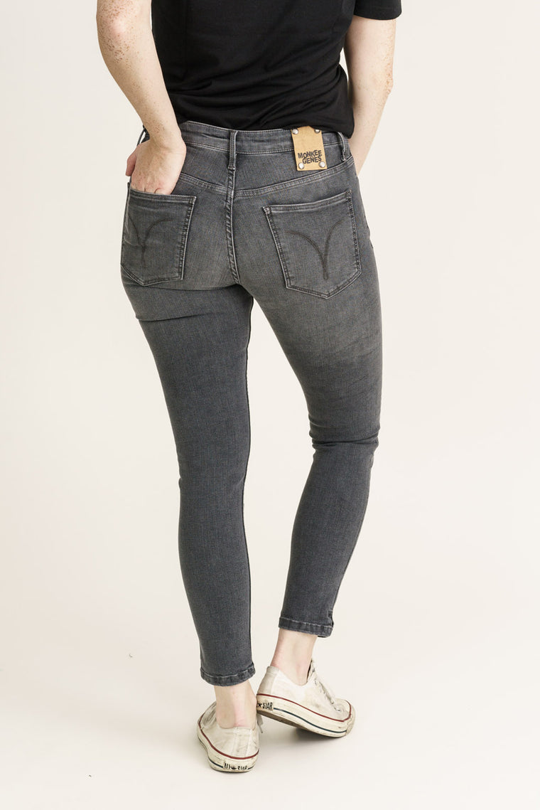 MONROE // Organic Flex Super Skinny Ankle Grazer Jeans in Grey