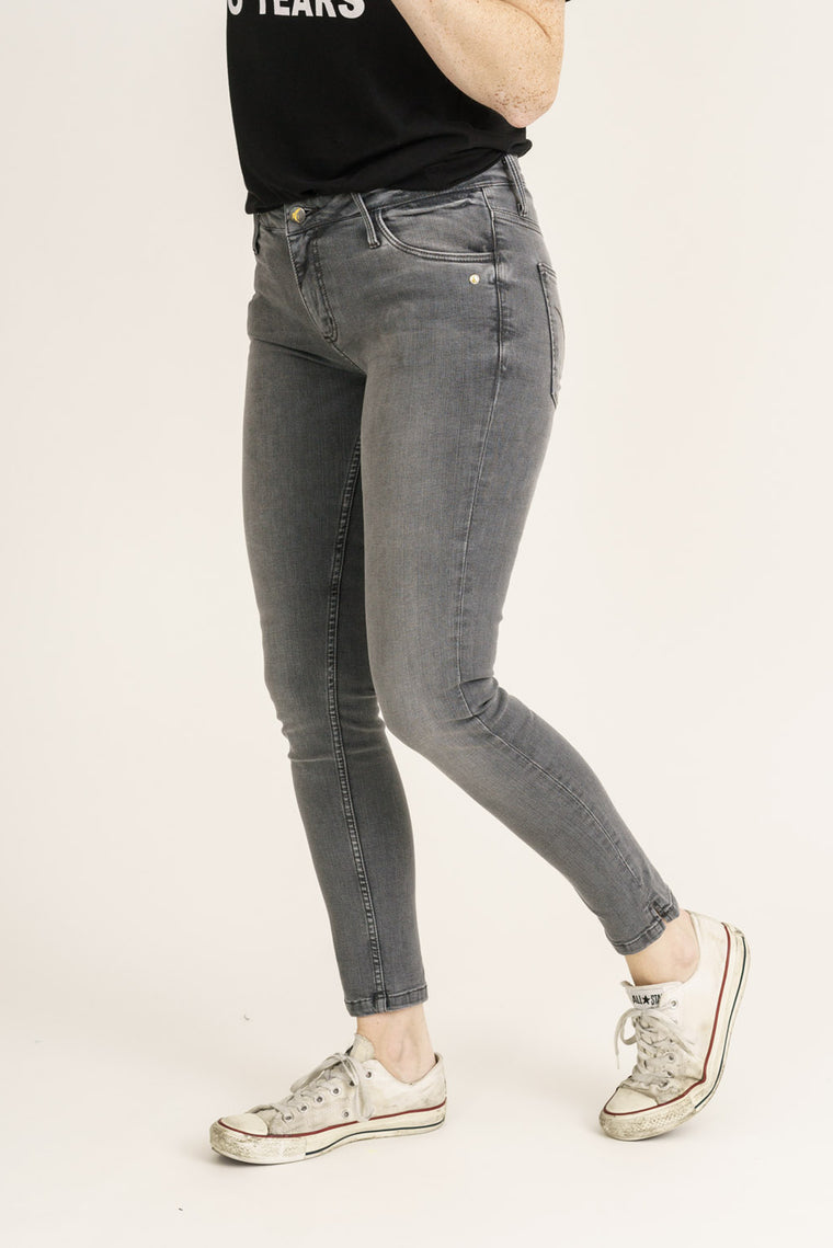 MONROE // Organic Flex Super Skinny Ankle Grazer Jeans in Light Grey