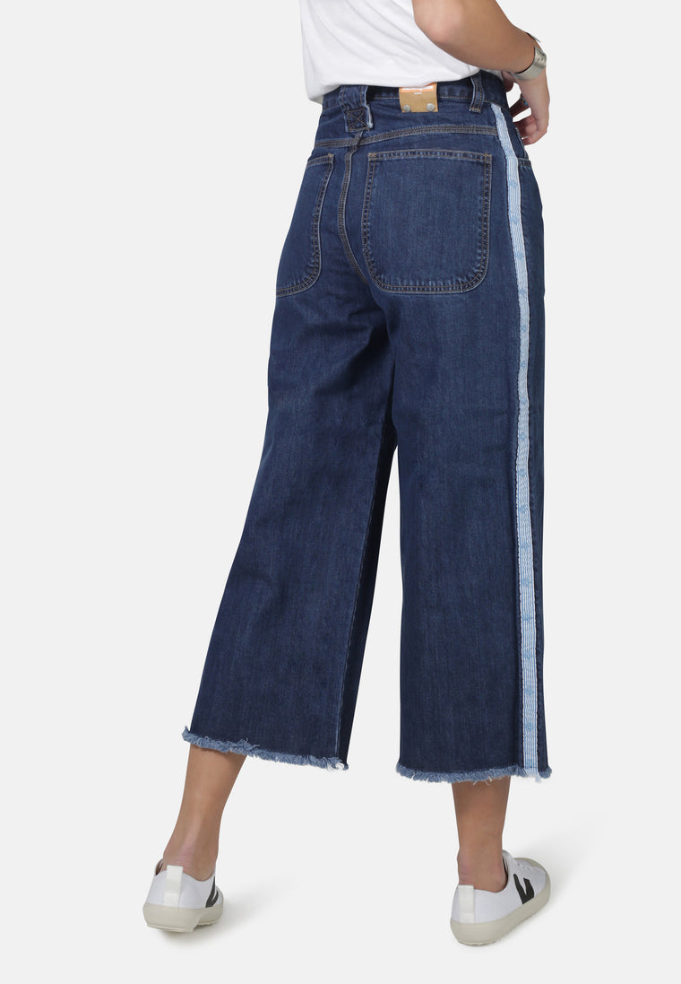 WIDE LEG // Organic Cropped Wide Leg Jeans in Dark Wash with Tape