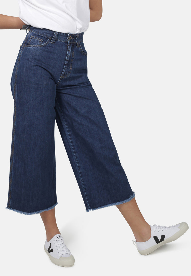 WIDE LEG // Organic Cropped Wide Leg Jeans in Dark Wash