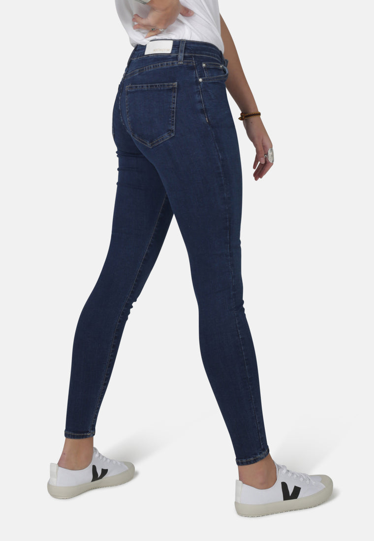 CODY // Organic Super Skinny Mid Waist Jeans in Dark Eco Wash