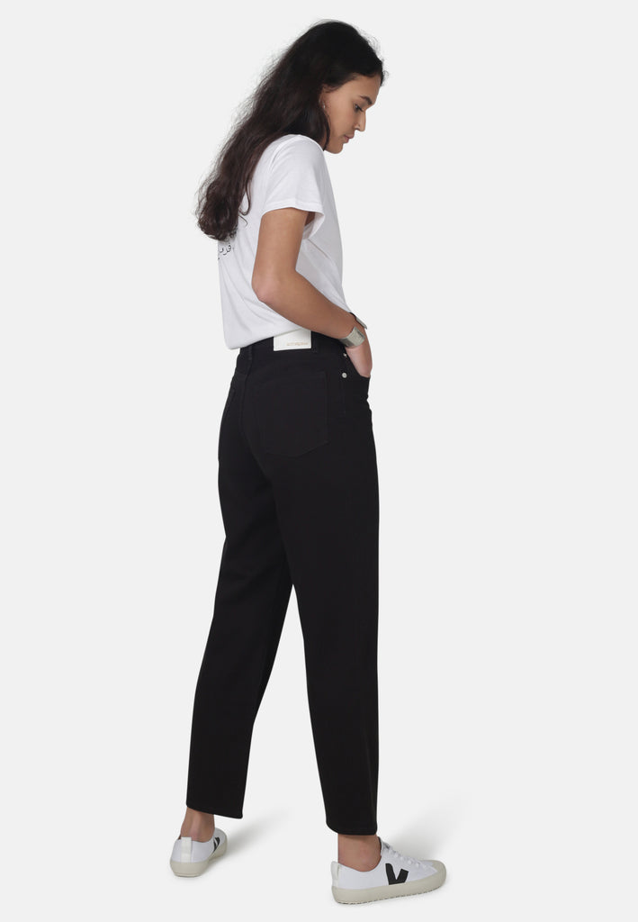 LIBBY // Organic Straight Leg Slim Fit Jeans in Black Denim - Monkee Genes Organic Jeans Denim - Women's Slim Fit Monkee Genes Official  Monkee Genes Official