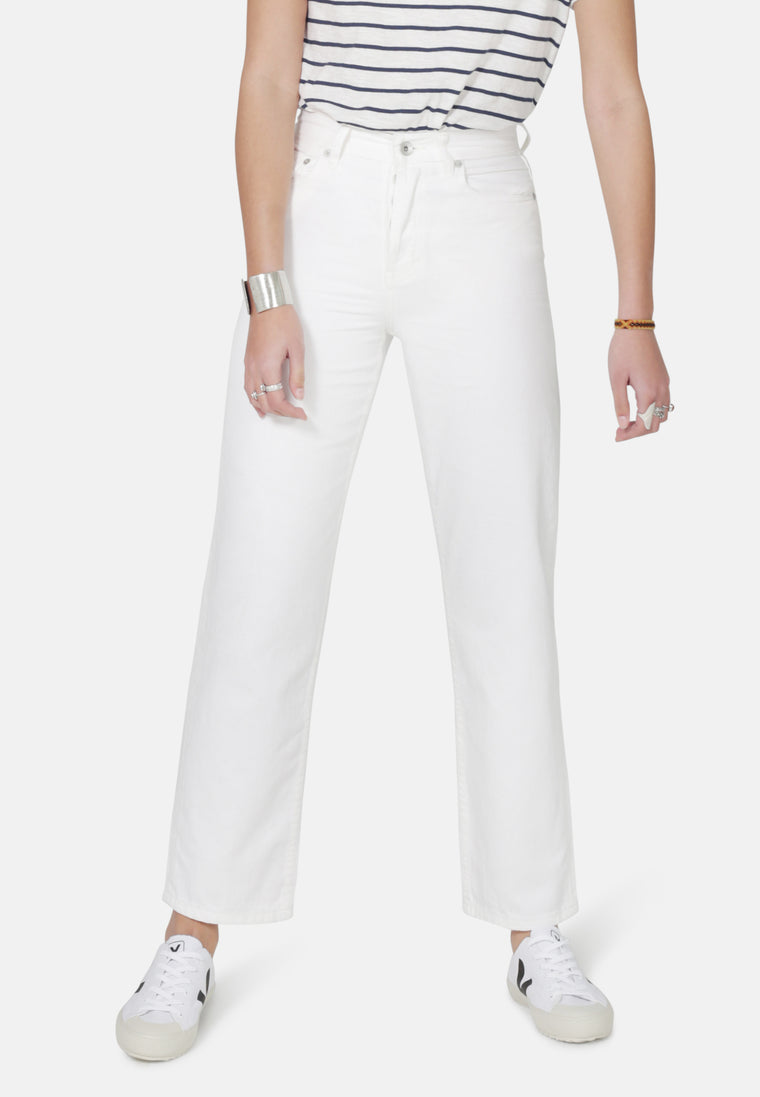 LIBBY // Organic Denim Straight Leg Slim Fit Jeans in White