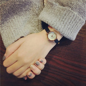 Simple Retro Small Watch Dial Female Table Belt Casual