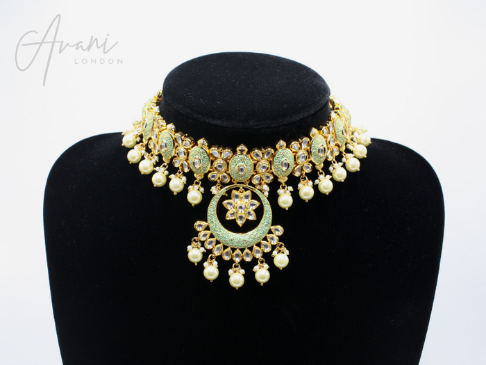 Aishwariya - Signature Kundan Set | Avani London | Inspirational Indian Jewellery