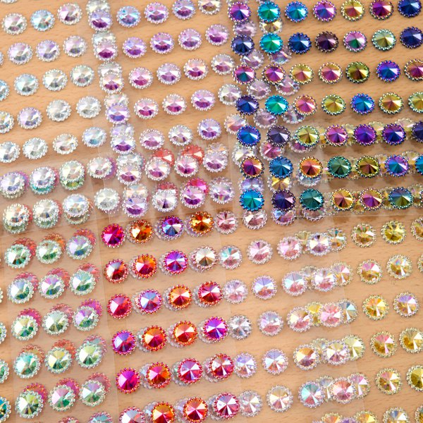 Aurora Borealis Beaded Pointed Gems - 12mm