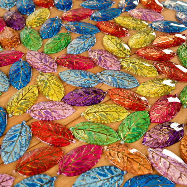 Craft Buddy Set of 100 2-Tone 5cm Acrylic Leaves