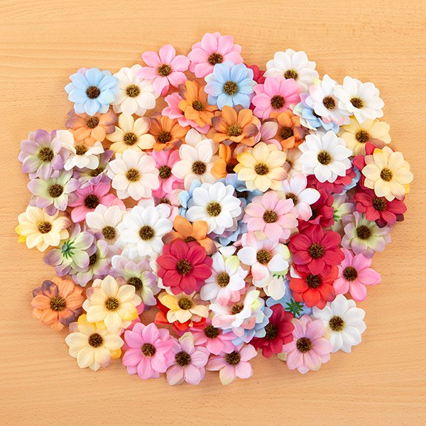 100 Assorted 6cm Fabric Enchanted Daisies