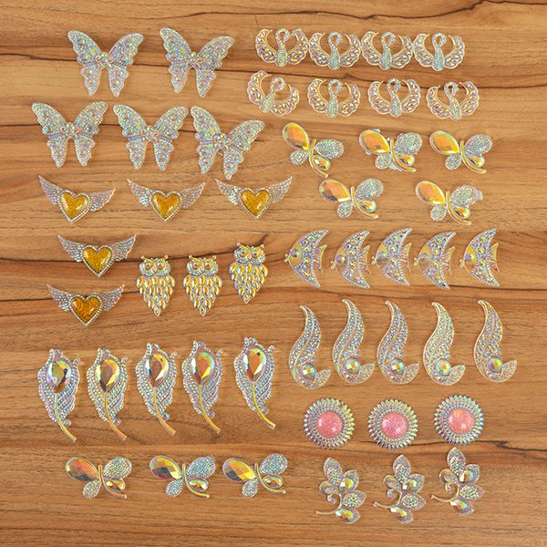Craft Buddy Resin Embellishment Set - Colour Me Crazy - CMC-50ASS