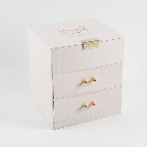 Cream Spring Treasure Chest, Paper Pad and Embellishments Set