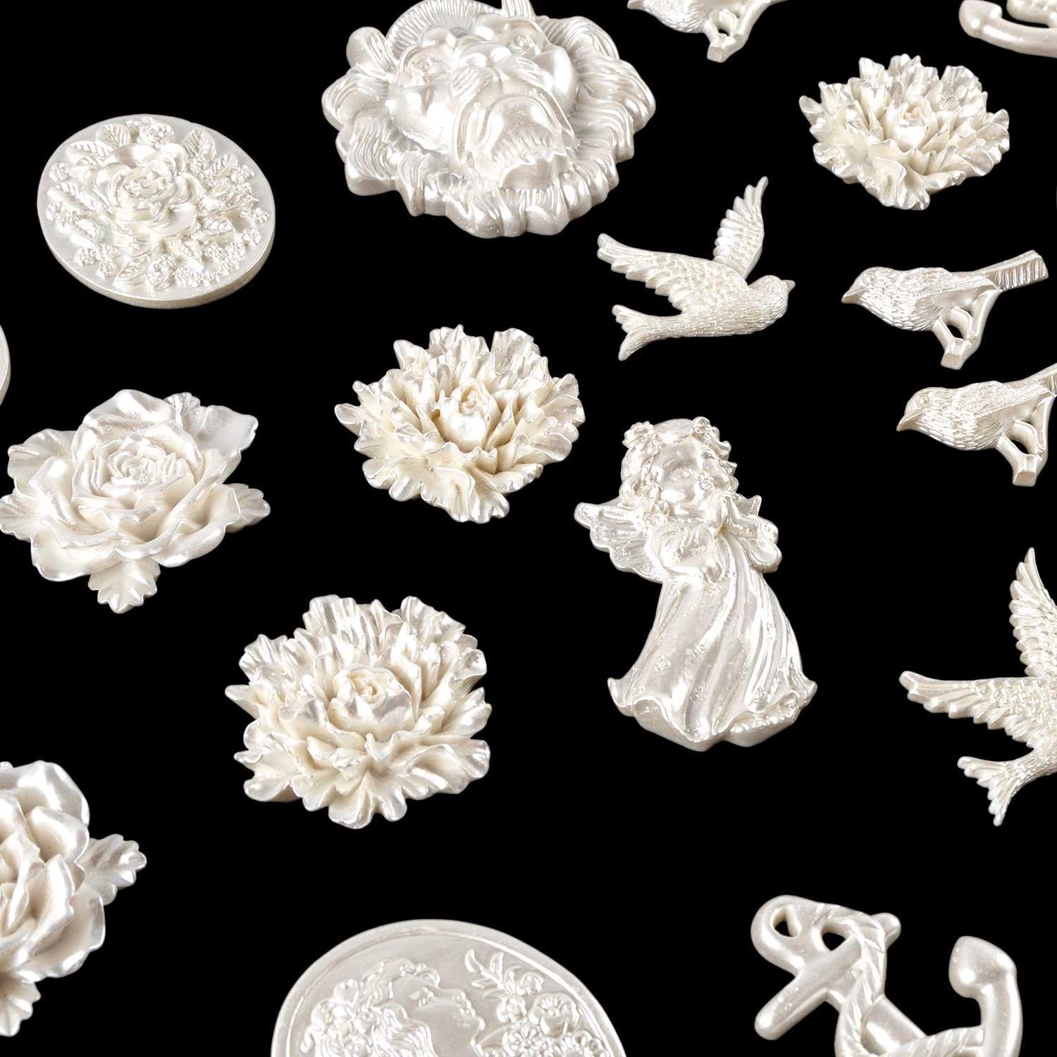 Set of 25 Pearl Feature Resin Embellishments