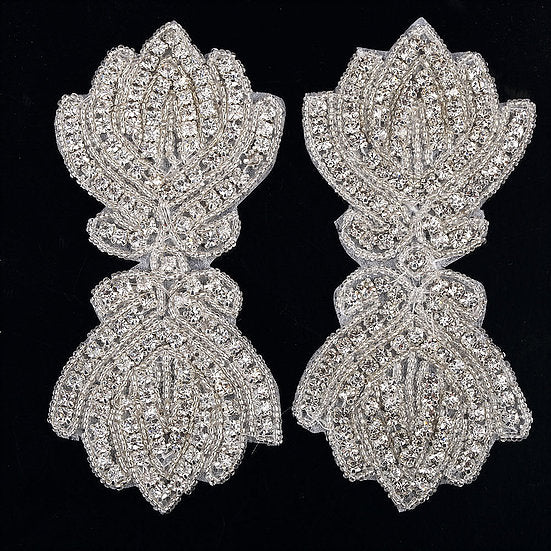 2 x Crystal Beaded Applique Motif (DM8)