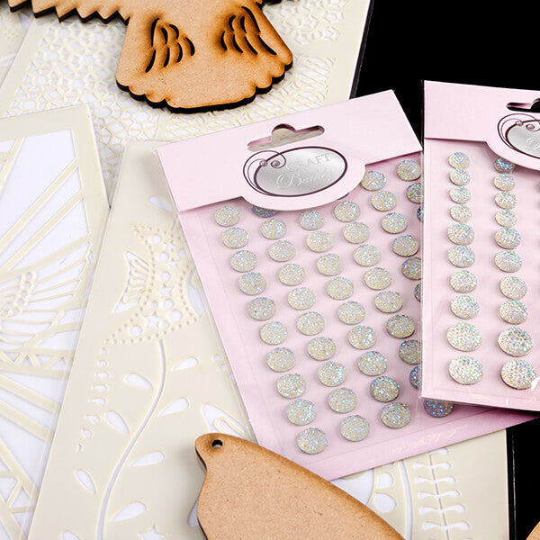 Colour Me Crazy Toppers, Fantasy Plaques and Stencils With Bonus 100 Gems Worth £7.98