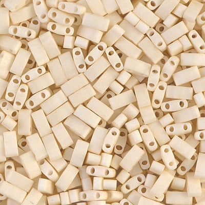 Half Tila Beads HTL-2021 Mat Opaque Cream x 10 g