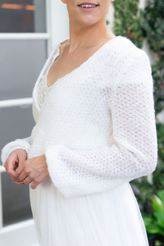 Wide bridal sweater comfortably knitted in lace